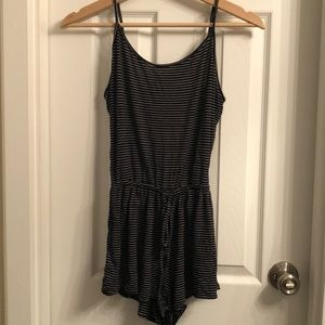Black & White striped romper - Old Navy size SMALL